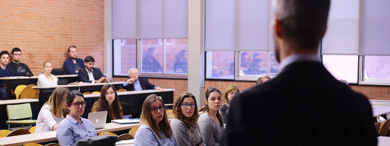 UniversidadesCabecera